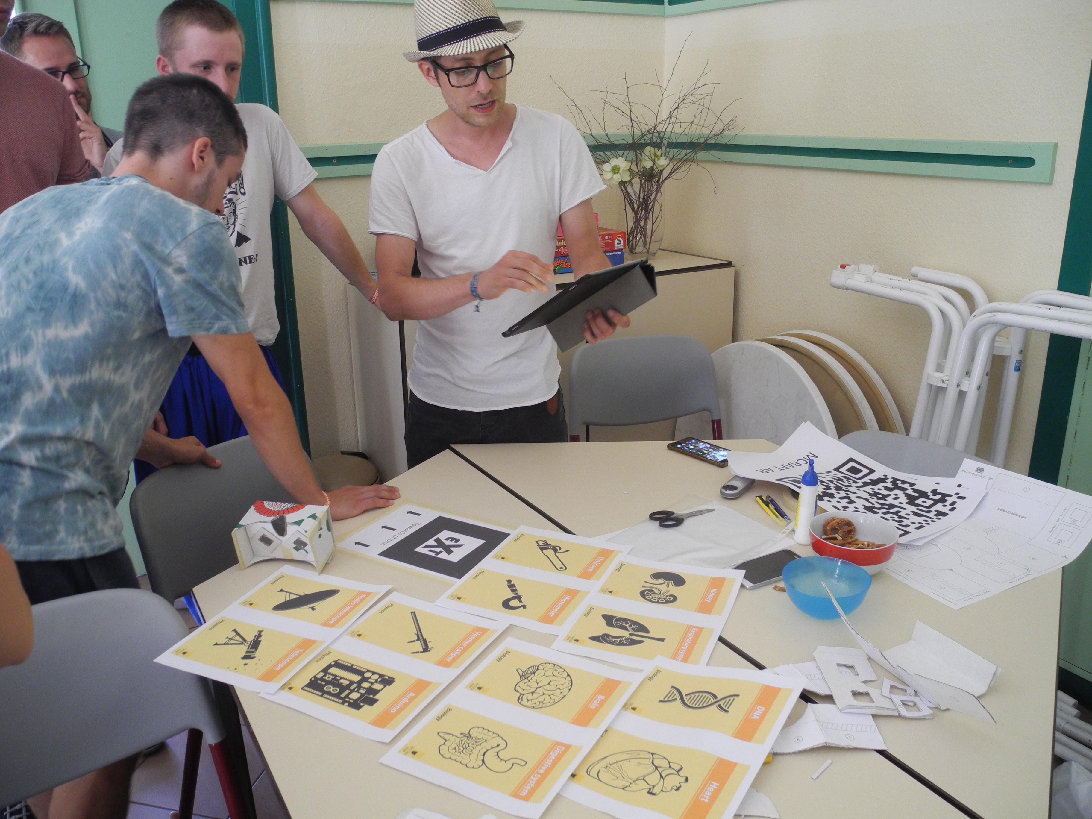 """Während des Workshops """"Digitale Welten"""""""