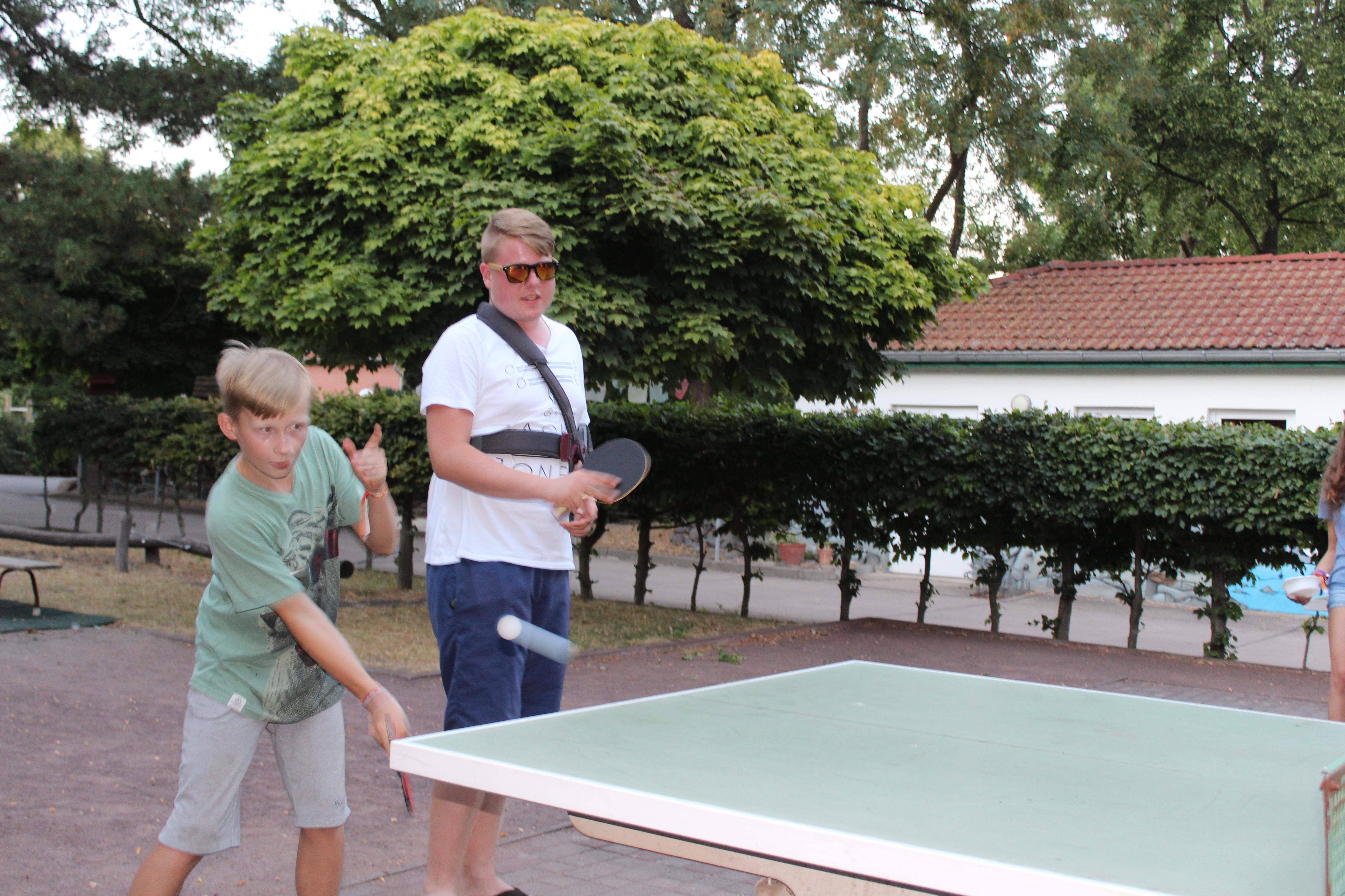 Tischtennis spielen muss auch mal sein ...